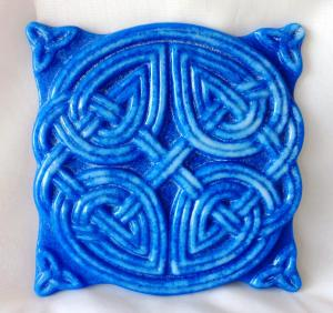 Blue and White Celtic Knot