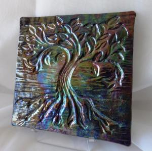 Dichroic Tree of Life